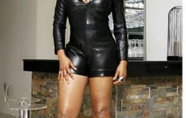 Yemi Alade shows off hot legs in new photos