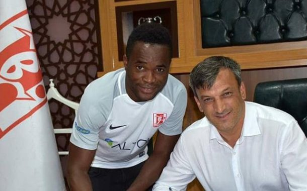 Mahatma Otoo Gets Favorite Number 18 Shirt At Balikesirspor