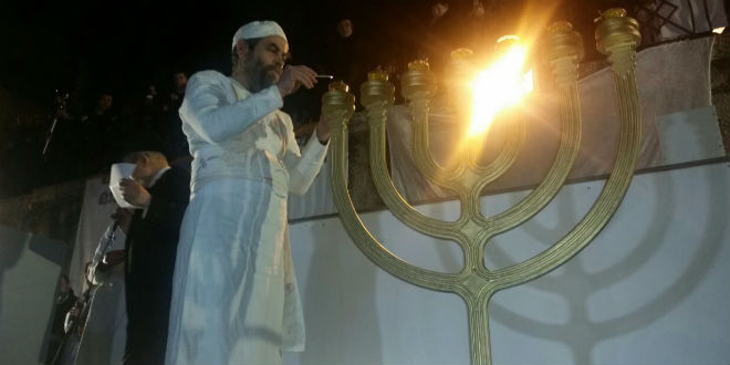 Sanhedrin/Mount Zion Group Prepares Oil for Temple Menorah, Fulfilling Amos Prophecy on Jewish Land