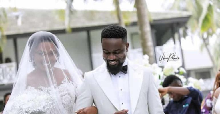 See All Beautiful Photos From Sarkodie, Tracy's Wedding
