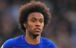 Maurizio Sarri 'Very Confident' Willian Will Remain At Chelsea