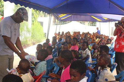 Togbe Afede fetes 1,300 children