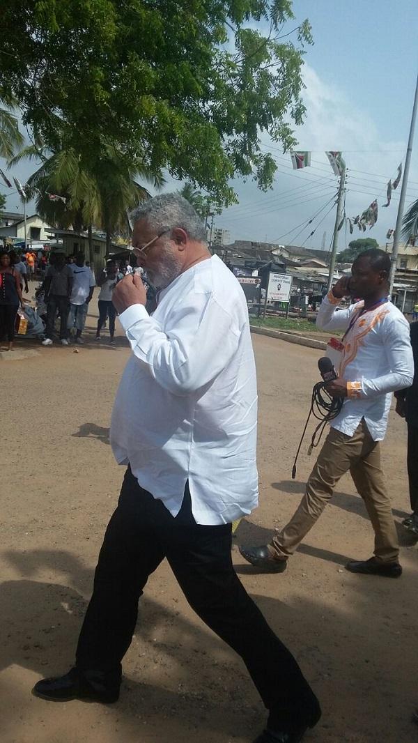 Ex-President Rawlings votes at Klottey Korle
