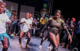 Stonebwoy Fans Throw Bottles At Sista Afia For Performing 'Shatta Wale Song'
