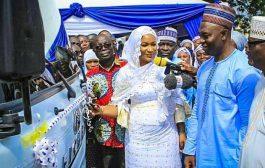 VP Bawumia Donates Bus To T I Ahmaddiya Senior High School in Kumasi