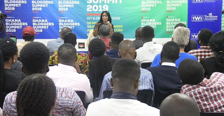 Linda Ikeji School Bloggers At 2019 Ghana Bloggers Summit