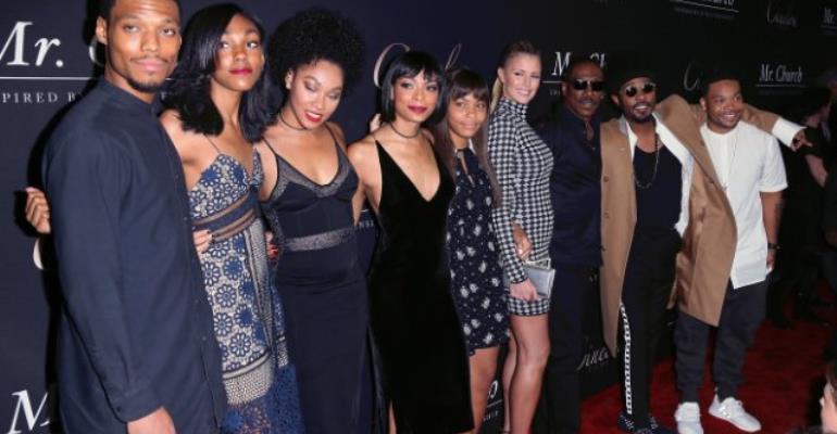 Eddie Murphy says women think it's 'sexy' he has 10 kids